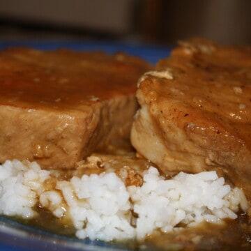 Juicy-Tender Pork Chops and Gravy