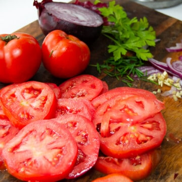 Summer garden tomato salad